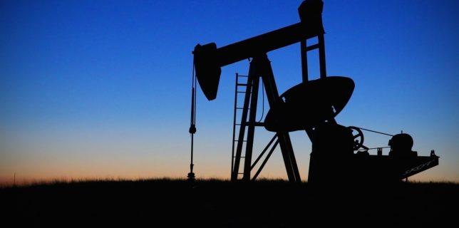 Preţul petrolului scade din cauza temerilor privind ameninţările la redresarea economiei globale