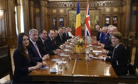Președintele Iohannis și Prințul Charles au discutat despre aprofundarea Parteneriatului strategic dintre România și Marea Britanie