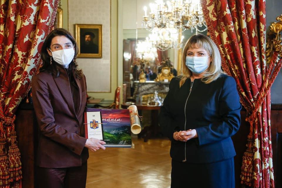 Președintele Senatului, doamna Anca Dragu, însoțită de o delegație parlamentară, efectuează o vizită oficială în Spania 1