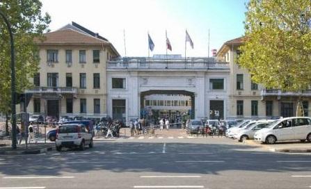 Premieră mondială în Italia: un rinichi a fost transplantat cu succes în locul splinei, în cazul unei fetițe de 6 ani