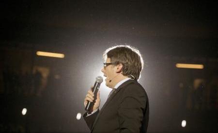 Președintele Cataloniei lansează 'un ultim apel la dialog' către rege și șeful guvernului de la Madrid
