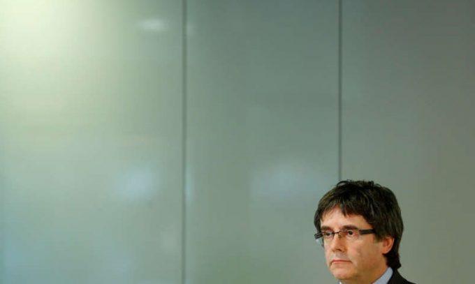 Puigdemont: Retragerea mandatului de arestare pe numele meu arată cât de 'slabe' sunt acuzaţiile
