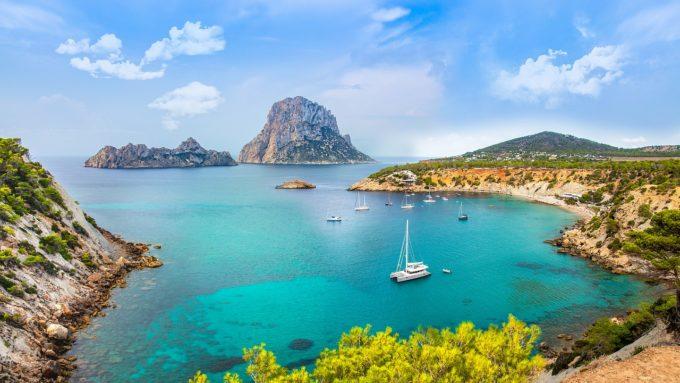 Puternic dependente de turism, Spania şi Grecia insistă pentru introducerea unui certificat de vaccinare împotriva COVID-19