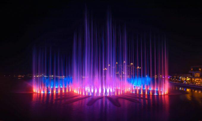 Record Guinness: Cea mai mare fântână din lume, construită în Dubai