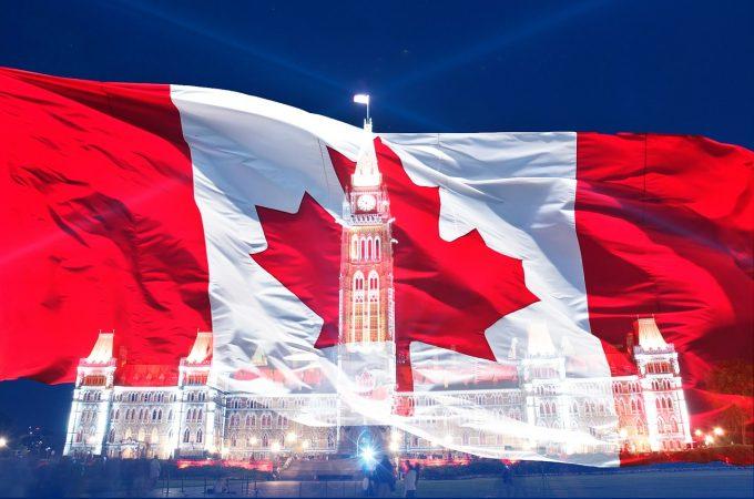 Românii care merg în Canada fără viză pot solicita eTA doar cu un paşaport cu date biometrice