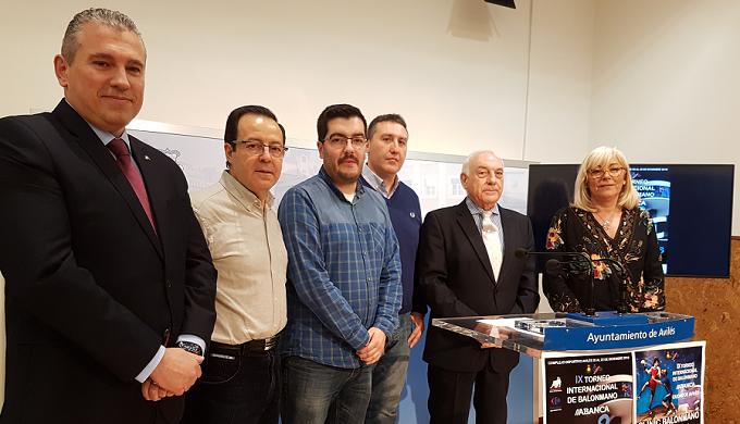 """Rumanía en el IX Torneo de Balonmano """"Ciudad de Avilés"""", con España, Francia, Serbia"""