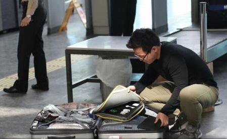 SUA ar lua în considerare interzicerea laptopurilor în bagajul de mână pe unele zboruri dinspre Europa (presă)