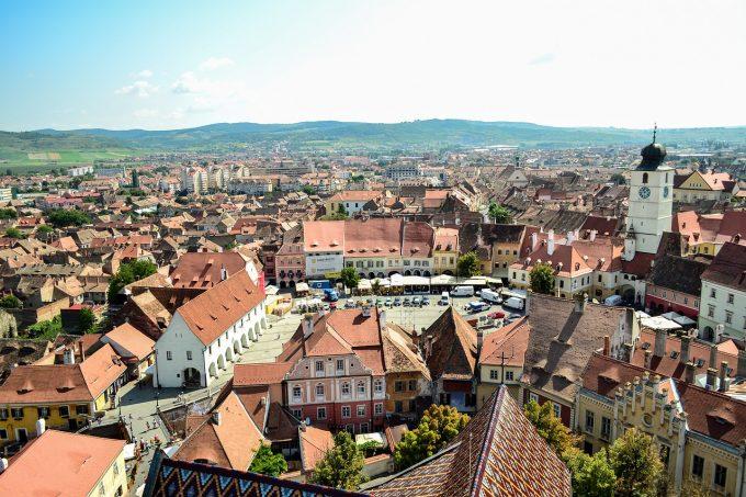 Sibiul, nominalizat printre cele mai bune destinaţii turistice din Europa