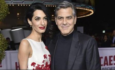 Soţii Clooney donează 500.000 de dolari pentru finanţarea unui protest. Despre ce este vorba?
