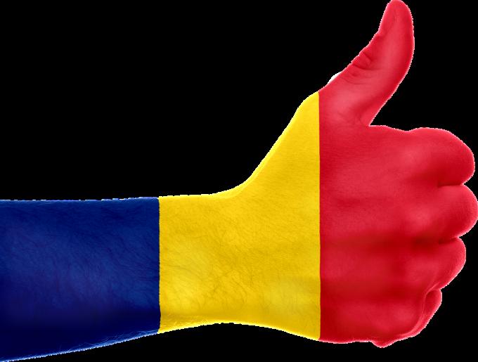 Sondaj: 85,4% dintre români îşi asumă cu mândrie identitatea; 30,2% arborează tricolorul de ziua naţională