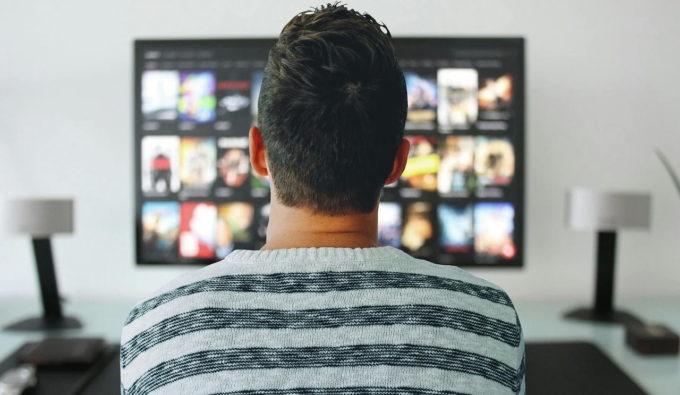 Sondaj INSCOP: 50% dintre români consideră că au fost expuşi ştirilor false; 52% indică posturile TV