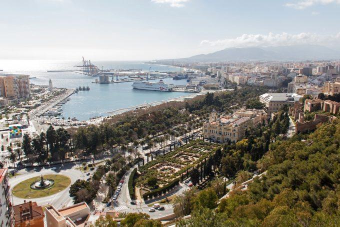 Spania: Cel mai sever declin al numărului de turişti străini din ultimii 51 de ani