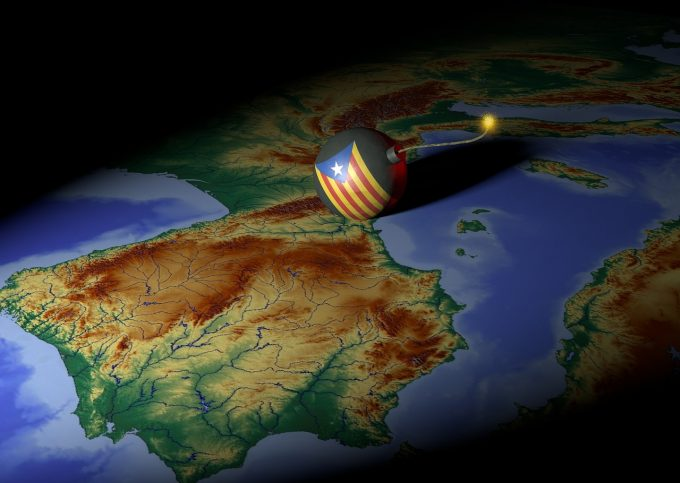 Spania: Diviziunile ameninţă guvernul separatist catalan