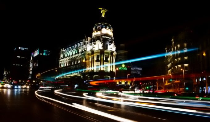 Spania: Extindere a restricţiilor antiepidemice la Madrid, considerată insuficientă de guvernul central