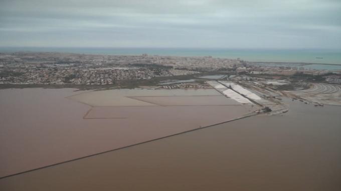 Spania - Grave Inundații: 6 persoane decedate și alte sute de evacuări în sud-est