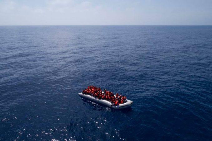 Spania: Peste 600 de migranţi au fost salvaţi în Marea Alboran, între Spania şi Maroc