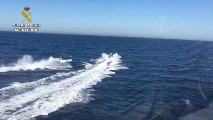Spania: Traficanţi de droguri, arestaţi după ce i-au salvat de la înec pe poliţiştii care îi urmăreau pe mare