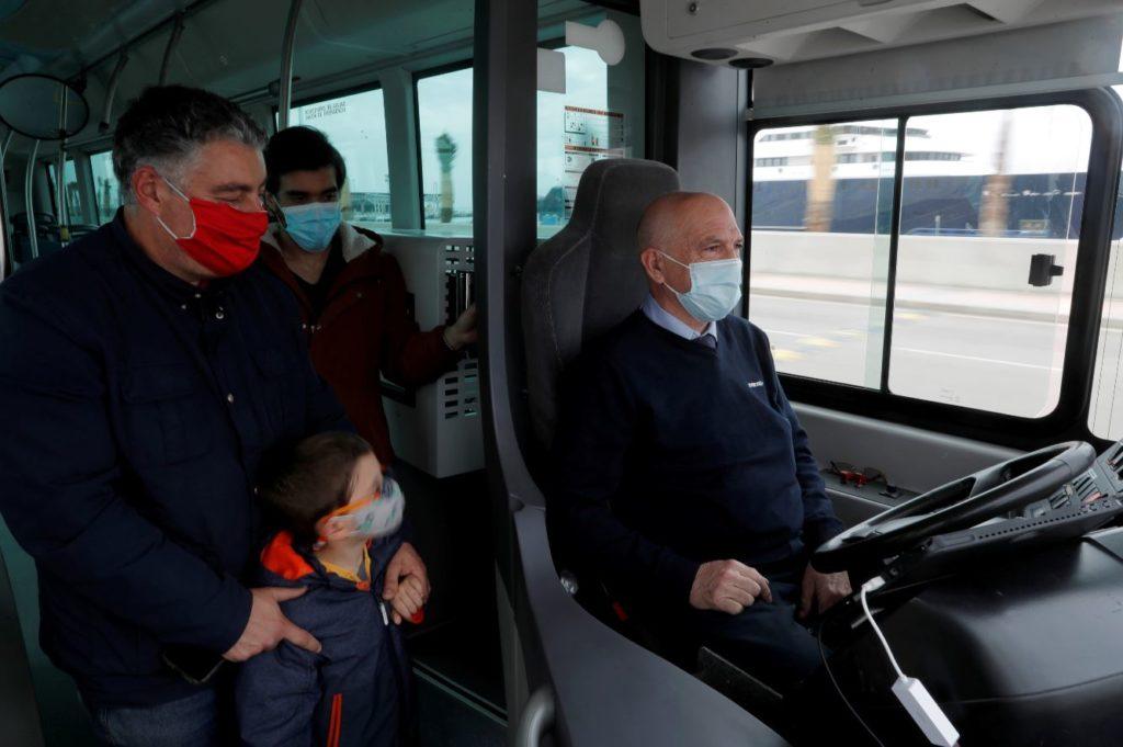 Spania: Un autobuz fără şofer, pe străzile din Malaga