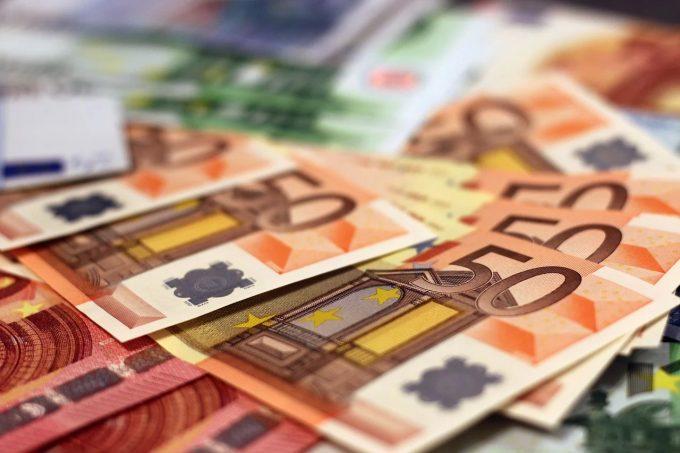 Spania pregăteşte un plan de investiţii de 150 miliarde de euro, pentru redresarea economiei (Pedro Sanchez)