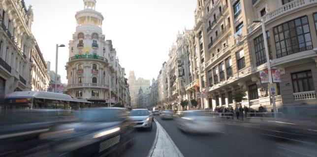 Spania sărbătoreşte sfârşitul lockdown-ului, însă un expert avertizează că pandemia este departe de a se termina
