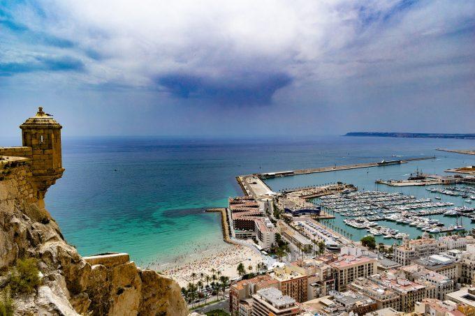 Spania trece de luni într-o nouă fază a măsurilor de relaxare