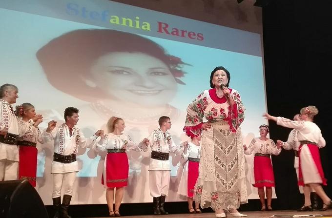 Spectacol de muzică populară și dansuri tradiționale românești, în Salamanca