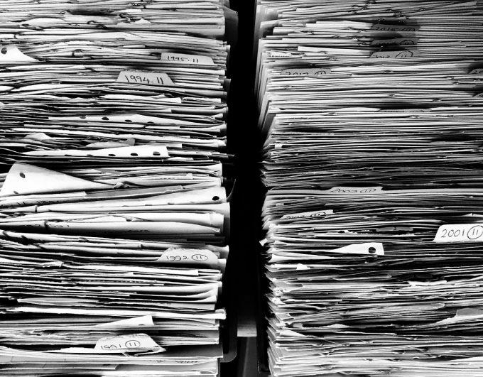 Sute de mii de documente din arhiva fostei Securităţi vor fi predate CNSAS până la 1 noiembrie