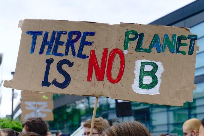 Sute de mii de oameni din toată lumea au protestat solicitând măsuri concrete împotriva încălzirii globale