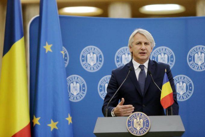 Teodorovici: Faptul că statul ar dori să confişte sumele de peste 2.000 de euro trimise din diaspora e o minciună
