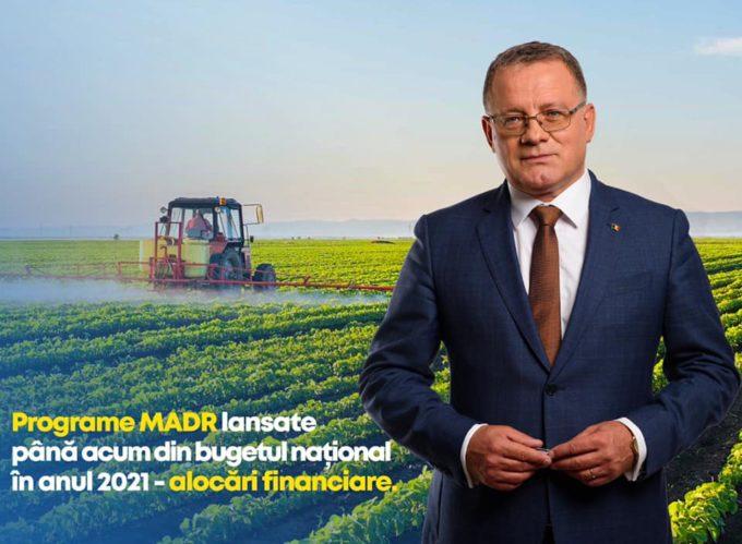 Tinerii fermieri vor putea lua fonduri europene de 100 de milioane de euro, în perioada de tranziţie (ministru)