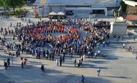 Tulcea: Flashmob în centrul orașului, de Ziua Națională a Armânilor