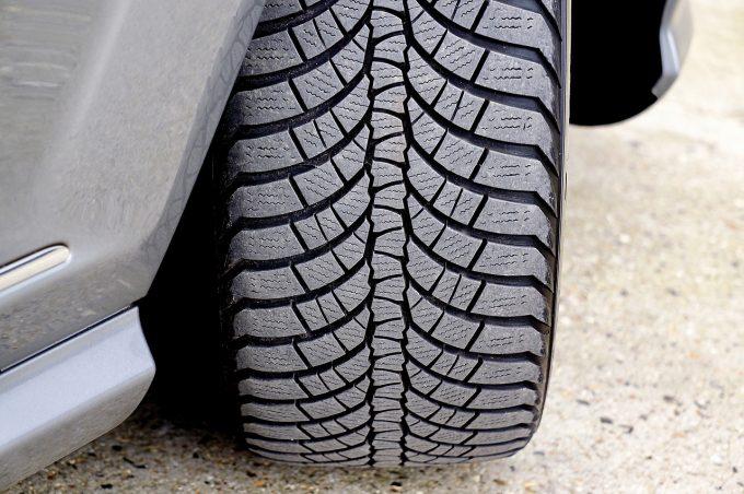 UE: Noi norme privind etichetarea pneurilor. Etichete, mai vizibile pentru consumatori