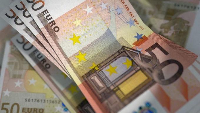 UE acordă împrumuturi de 17 miliarde de euro Italiei, Spaniei şi Poloniei