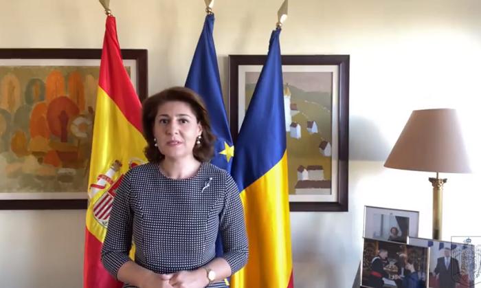 VIDEO: Ambasadoarea României în Spania îi felicită pe români şi propune ''un exerciţiu de luciditate şi de adaptare la o lume în schimbare''