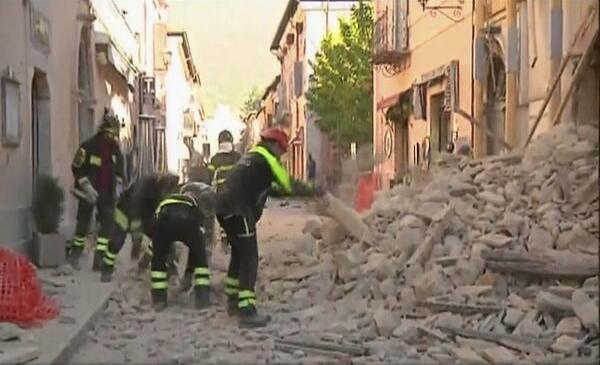 VIDEO/FOTO Nou cutremur în Italia. MAE face apel la românii din Italia aflați în dificultate să contacteze numerele de urgență ale misiunilor diplomatice