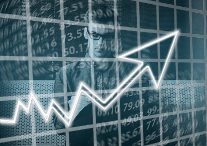Vasilescu (BNR): Inflaţia loveşte fără să ţină seama de ce spune Guvernul