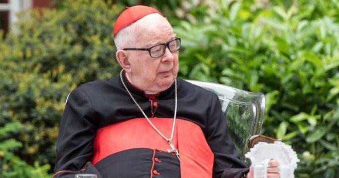 Vaticanul îl sancţionează pe un arhiepiscop polonez acuzat de abuzuri sexuale