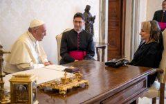 VIDEO: Viorica Dăncilă, în audienţă la Papa Francisc; premierul şi-a exprimat speranţa că Sfântul Părinte va veni în România