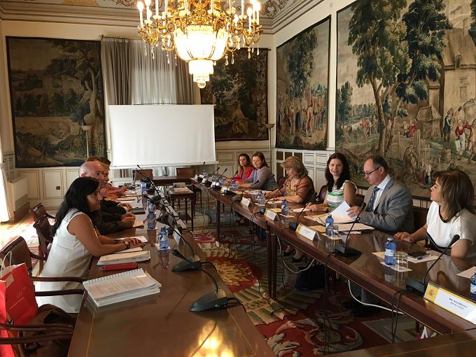 Visita de estudio en España de una delegación del Ministerio del Desarrollo Regional y de la Administración Pública y de la Agencia Nacional de los Funcionarios Públicos
