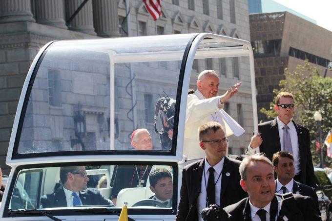 Vizita Papei Francisc în România se va desfăşura la Bucureşti, Şumuleu Ciuc, Iaşi şi Blaj