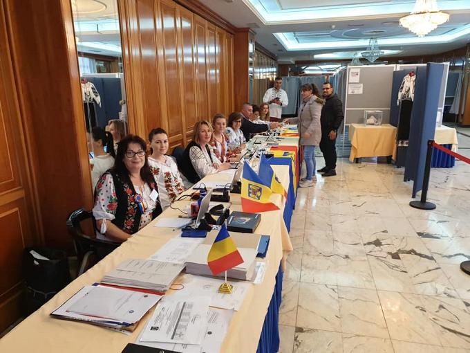 Vot în diaspora - ziua a doua: Peste 270.000 de români - la urne până la ora 18:00